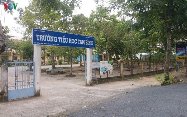 Vì sao học sinh lớp 4 ở Tiền Giang không biết đọc chữ nào? - Ảnh 2.