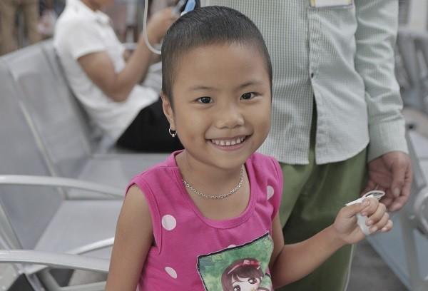 Động lực chữa bệnh đặc biệt của cô bé ung thư máu 6 tuổi - Ảnh 3.