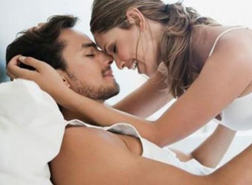 6 thói quen giết chết ham muốn tình dục - Ảnh 1.