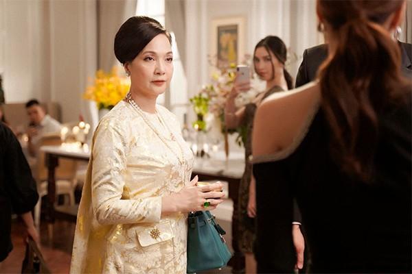 NSND Lê Khanh trở lại điện ảnh vẫn đẹp ngỡ ngàng sau 20 năm - Ảnh 1.