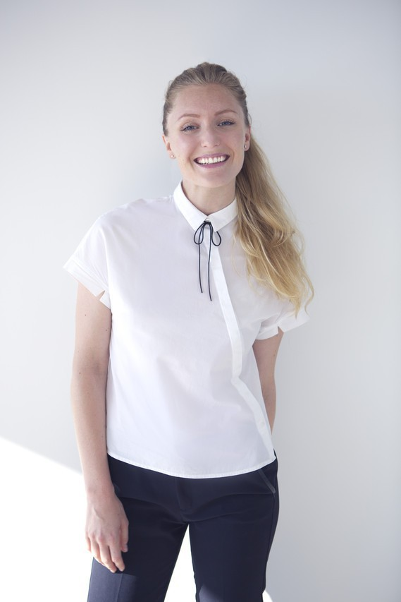 Bí quyết thành công của nữ giám đốc xinh đẹp: Suốt 3 năm chỉ diện 1 mẫu áo đi làm, đồng nghiệp từ kiêng dè thành kính nể - Ảnh 4.