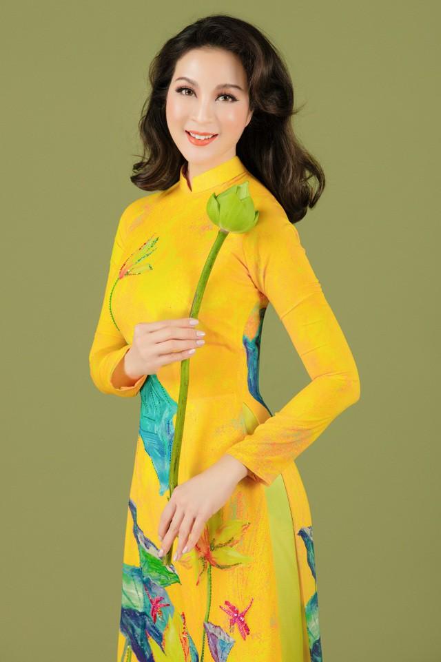 MC Thanh Mai nhớ thuở nghèo khổ mở hàng nước kiếm từng đồng phụ gia đình  - Ảnh 2.
