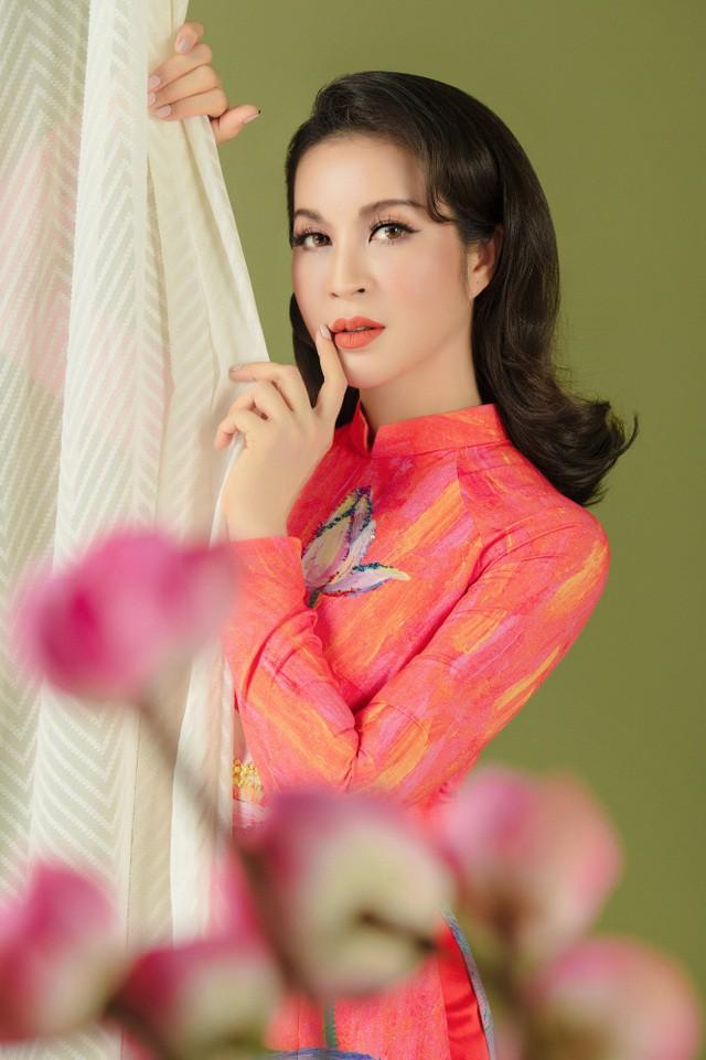 MC Thanh Mai nhớ thuở nghèo khổ mở hàng nước kiếm từng đồng phụ gia đình  - Ảnh 7.