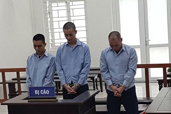 Hà Nội: Phạt 10 năm tù đối tượng giam lỏng 2 bé gái 15 tuổi để mua vui cho đàn ông - Ảnh 1.