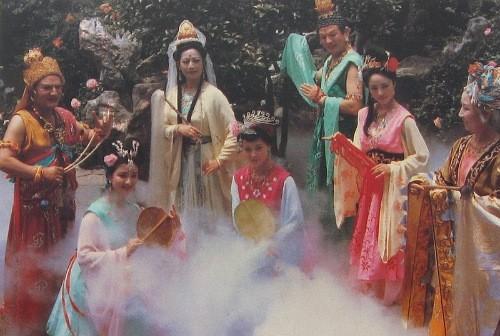 Mỹ nhân Tây Du Ký 1986 đẹp như nắng mai, khiến Tôn Ngộ Không mời đóng phim ngay từ lần gặp đầu tiên - Ảnh 1.