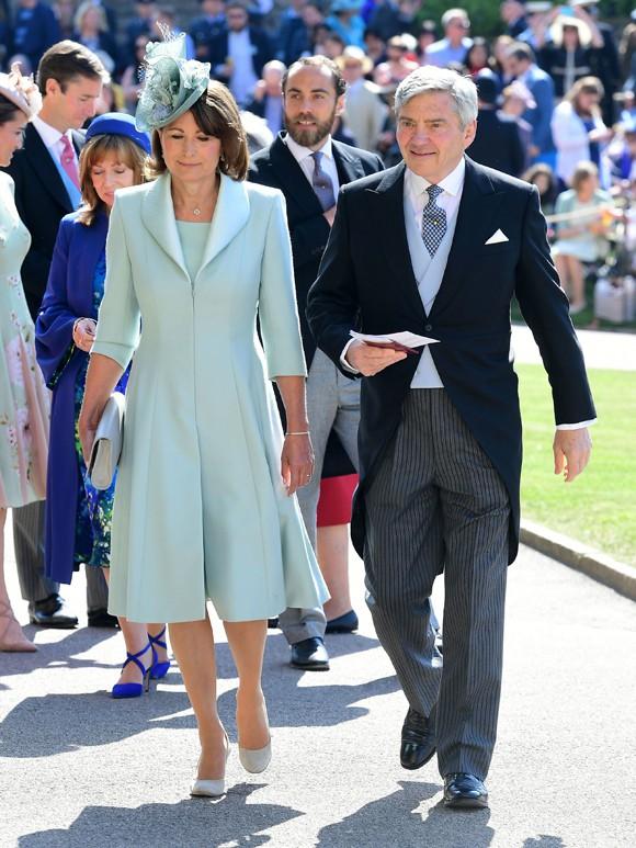 Hoàng gia có biến: Thái tử Charles chỉ trích bố mẹ Kate - Ảnh 3.