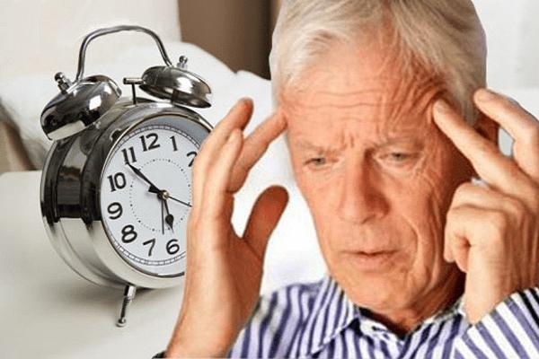 Bí quyết để người cao tuổi có giấc ngủ ngon - Ảnh 1.