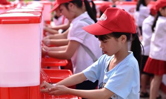 Rửa tay với xà phòng - cùng hành động vì sức khỏe Việt Nam - Ảnh 1.