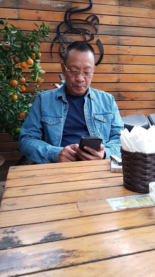 MC Lại Văn Sâm bức xúc vì những bình luận thô tục trên Facebook - Ảnh 1.
