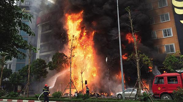 Mỗi ngày trung bình nước ta xảy ra 9 vụ cháy, thiệt hại khoảng 4,4 tỷ đồng - Ảnh 1.
