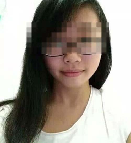 Nữ sinh ngã chết khi selfie trên đỉnh núi - Ảnh 2.