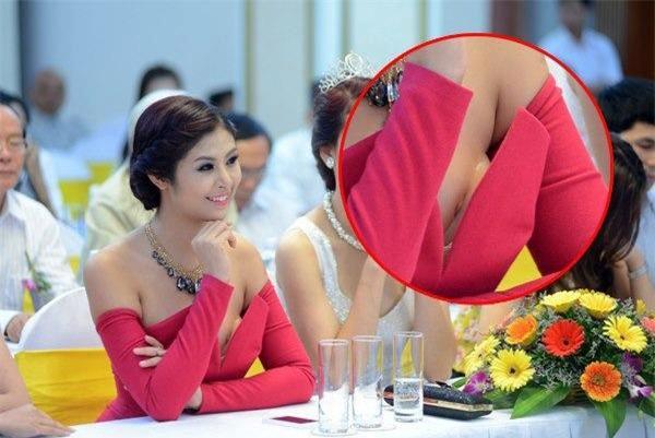Đang hóa nữ thần gợi cảm, mỹ nhân Việt lại muối mặt vì miếng dán ngực phản chủ - Ảnh 6.