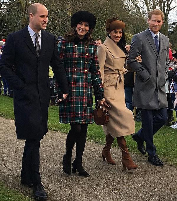 Sang Mỹ đón giáng sinh cùng mẹ vợ, Hoàng tử Harry và Công nương Meghan Markle tự tách mình gia khỏi gia đình Hoàng gia - Ảnh 2.