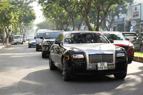 Dàn siêu xe trong đám cưới của Bảo Thy hé lộ gia sản khổng lồ của chú rể doanh nhân - Ảnh 8.