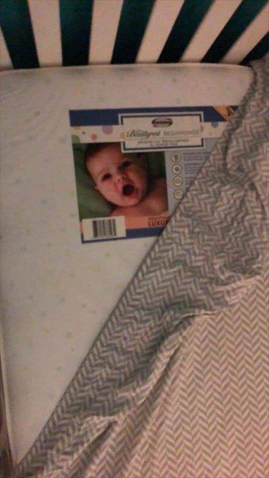 Lắp camera phòng ngủ của con nhỏ, bố mẹ hoảng hồn khi nhìn thấy hình ảnh máy quay thu được - Ảnh 7.
