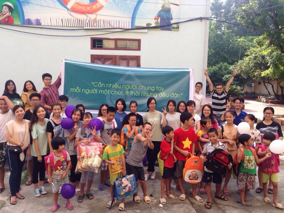 """Kẻ """"gàn dở"""" huy động 300 người """"làm thầy"""" cho hàng nghìn trẻ ở các làng SOS - Ảnh 2."""