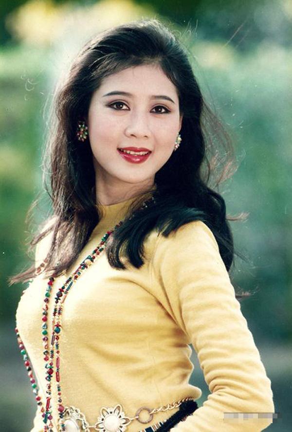 NSND Hồng Vân tiết lộ Diễm Hương đang ở Malaysia, khán giả hoài niệm về một diễn viên tài sắc - Ảnh 6.