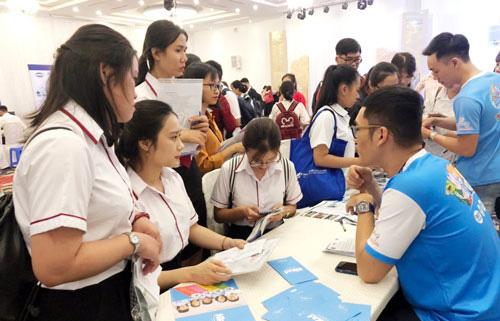 TP.HCM: Hàng nghìn cơ hội việc làm cho sinh viên và người lao động - Ảnh 1.