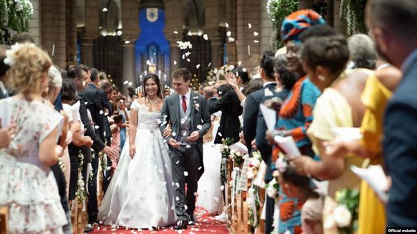 Nàng dâu hoàng gia Monaco gốc Việt được chồng trẻ, đẹp trai, giàu có yêu chiều hết mực là ai? - Ảnh 1.