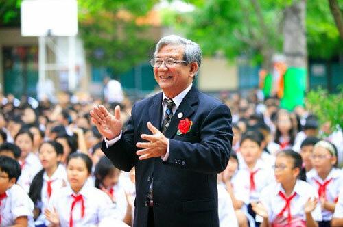 40 năm đưa đò của ông giáo ở Sài Gòn  - Ảnh 3.