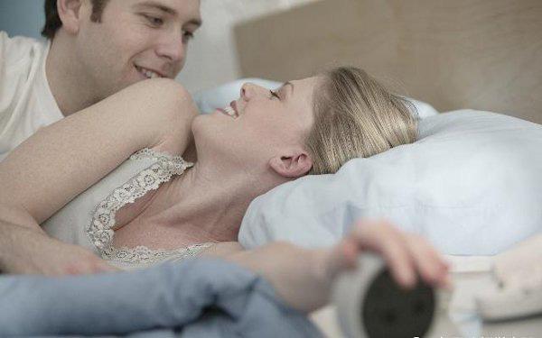 Thời gian quan hệ đừng quá con số này, dù ít hay nhiều cũng đều hại sức khỏe  - Ảnh 1.