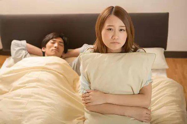 Thời gian quan hệ đừng quá con số này, dù ít hay nhiều cũng đều hại sức khỏe  - Ảnh 2.