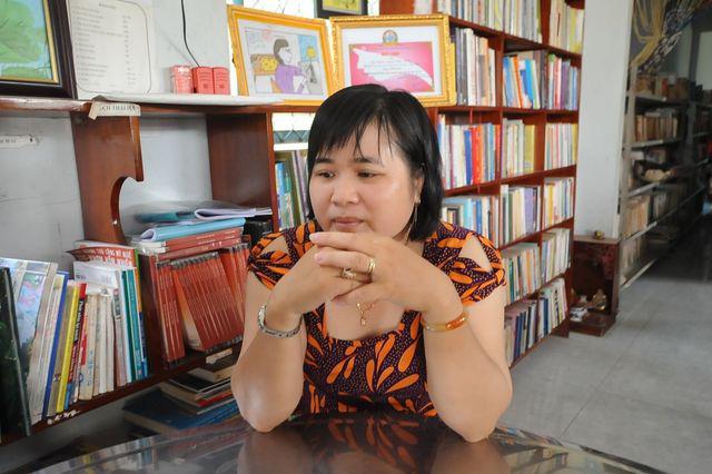 """Vợ chồng thầy giáo chắt chiu từng đồng thành lập """"thư viện"""" cho học sinh  - Ảnh 4."""