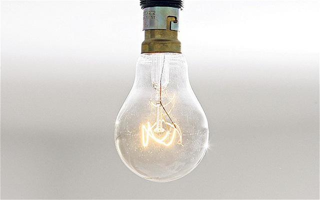 Sai lầm khi sử dụng điện khiến đồ điện trong nhà chập cháy như cơm bữa mà không ít người mắc - Ảnh 2.