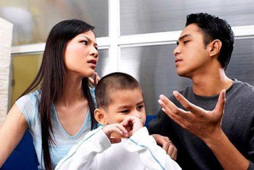Từ vụ mẹ kế sát hại con riêng của chồng ở Tuyên Quang (2): Mẹ kế ghen tuông với con chồng là tâm lý bình thường? - Ảnh 3.