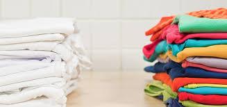 Có một bước cực kì quan trọng trước khi cho quần áo vào máy giặt nhưng mọi người thường quên - Ảnh 1.