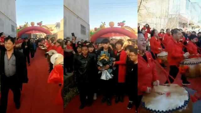 Trở về nhà sau 19 năm bị bắt cóc, chàng trai được dân làng trải thảm đỏ chào đón - Ảnh 1.