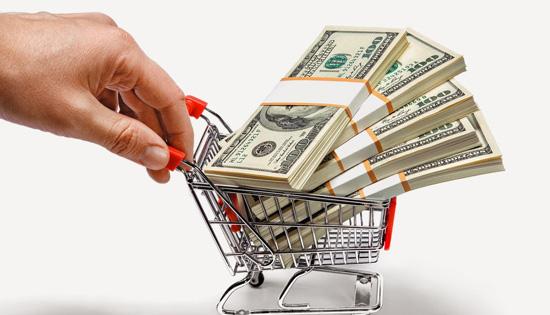 7 kiểu tiêu tiền khiến bạn nghèo suốt đời mà người giàu không bao giờ phạm phải nhưng người nghèo rất hay dính - Ảnh 1.