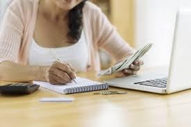 7 kiểu tiêu tiền khiến bạn nghèo suốt đời mà người giàu không bao giờ phạm phải nhưng người nghèo rất hay dính - Ảnh 4.