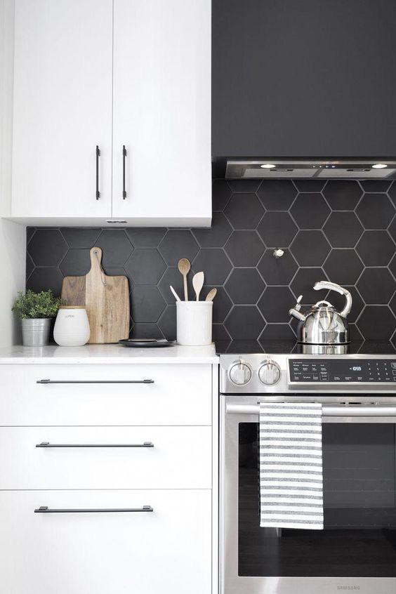 Những ý tưởng trang trí nhà bếp màu đen siêu ấn tượng - Ảnh 7.