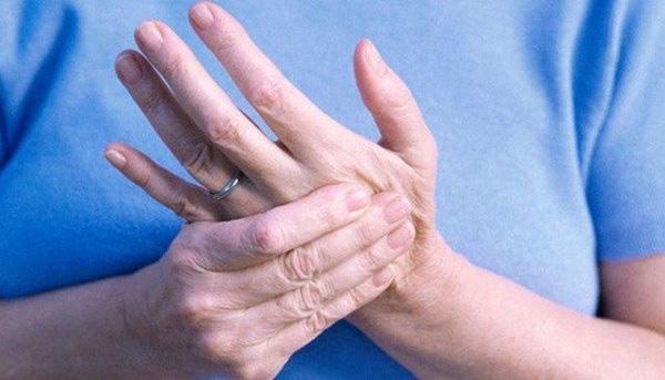 3 triệu chứng khó chịu khi ngủ cảnh báo bệnh nhồi máu não - Ảnh 2.