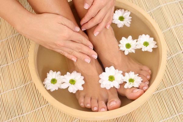 3 dấu hiệu ở bàn chân mà chúng ta thường hay lờ đi thể hiện sức khỏe đang có vấn đề - Ảnh 3.