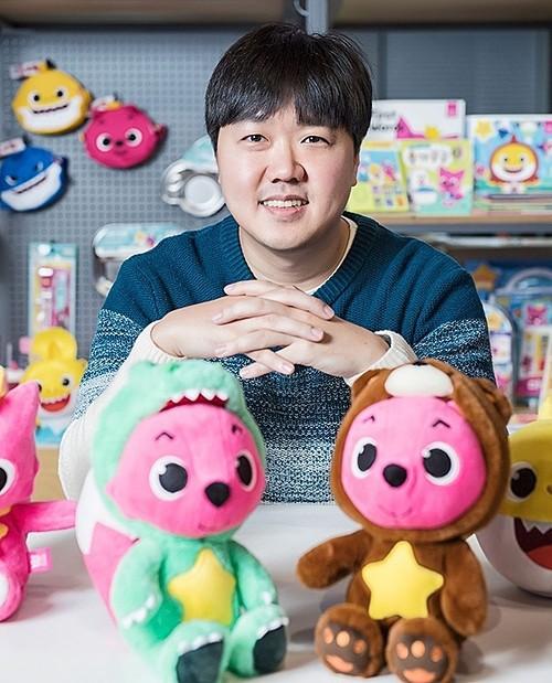 Gia đình Hàn Quốc kiếm 125 triệu USD nhờ bài hát Baby Shark - Ảnh 2.