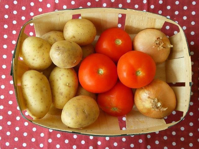Sự thật về 3 thực phẩm cấm kị ăn với khoai tây, đây mới là thứ không nên ăn nhất  - Ảnh 2.