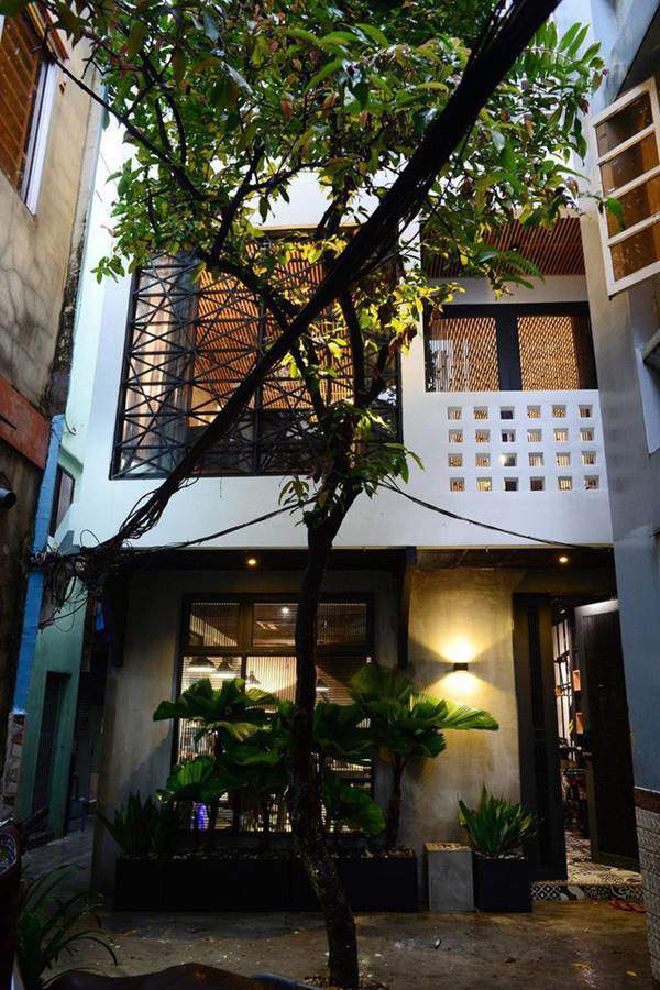 Nhà phố 2 tầng phong cách Bắc Âu đẹp lung linh đầy cá tính - Ảnh 1.