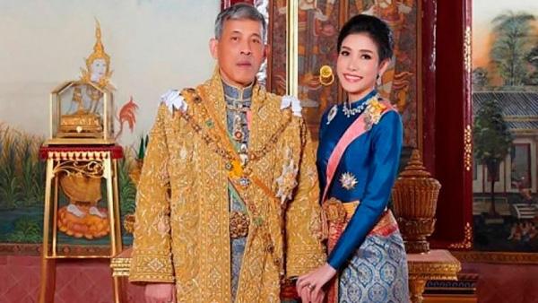 Bi kịch của Nhà vuaThái Lan - cựu Vương Malaysia: Nỗi tức giận của đàn ông bị vợ cắm sừng - Ảnh 2.