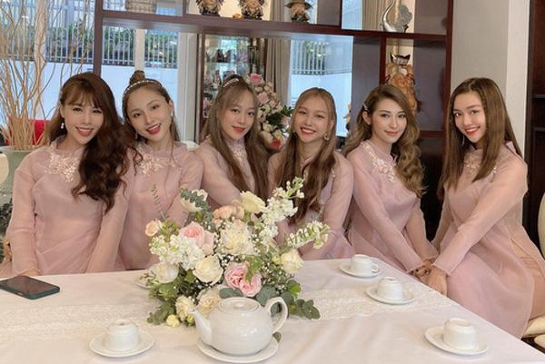 Đám cưới Đông Nhi - Ông Cao Thắng rước dâu bằng xe mui trần siêu sang độc nhất ở TP.HCM - Ảnh 5.