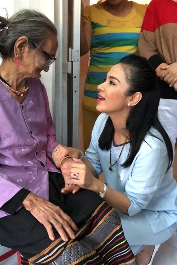 Việt Trinh sau gần 30 năm làm nghệ thuật - Ảnh 9.