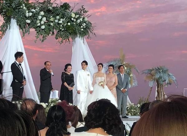 Đám cưới Đông Nhi - Ông Cao Thắng: Lời thổ lộ của cô dâu dành cho chú rể khiến ai cũng xúc động - Ảnh 2.