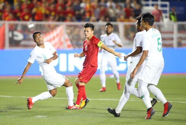 U22 Việt Nam ngược dòng thắng Indonesia 2-1 vào phút bù giờ - Ảnh 2.