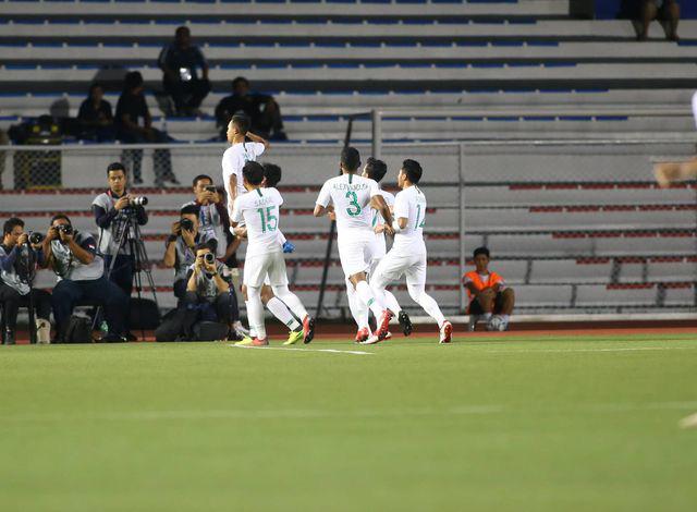 U22 Việt Nam ngược dòng thắng Indonesia 2-1 vào phút bù giờ - Ảnh 12.