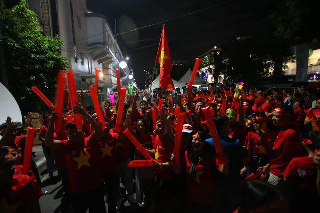 U22 Việt Nam ngược dòng thắng Indonesia 2-1 vào phút bù giờ - Ảnh 32.
