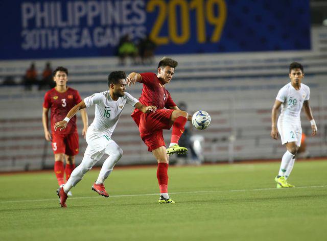 U22 Việt Nam ngược dòng thắng Indonesia 2-1 vào phút bù giờ - Ảnh 9.