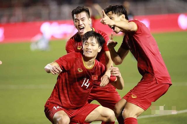 HLV Park Hang Seo nói gì về cú lội ngược dòng giành chiến thắng 2- 1của U22 Việt Nam trước tuyển Indonesia - Ảnh 1.