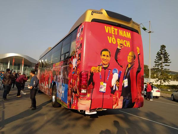 Thủ tướng Nguyễn Xuân Phúc chúc mừng HLV Park Hang-seo, Mai Đức Chung và toàn thể các cầu thủ vàng của bóng đá Việt Nam - Ảnh 40.