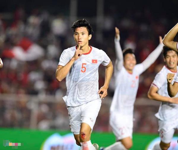 Việt Nam chiến thắng, cô San Diệu Hương cùng nhiều sao hải ngoại gửi lời ngọt ngào đến đội tuyển - Ảnh 3.